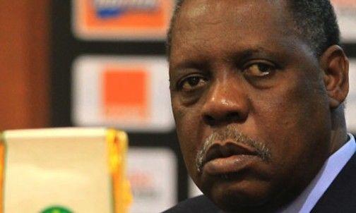 FIFA president, Issa Hayatou undergoes surgery - http://www.thelivefeeds.com/fifa-president-issa-hayatou-undergoes-surgery/