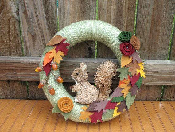 HAHAHAHAH I love the squirrel. Thanksgiving Themed Wreath Ideas