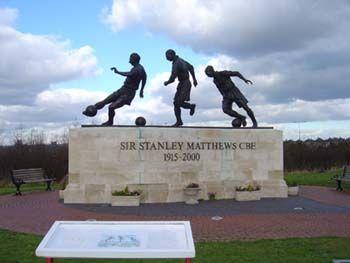 Stanley Matthews statue
