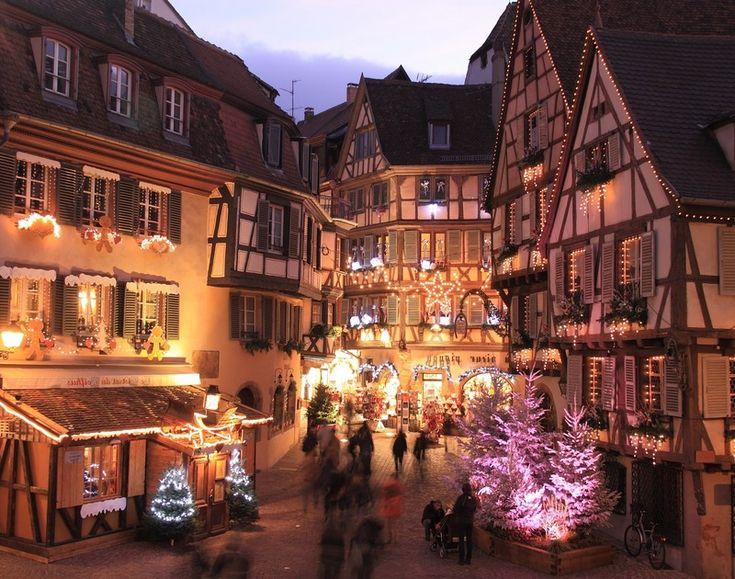 14 κάπως πιο ψαγμένες πόλεις για τα Χριστούγεννα
