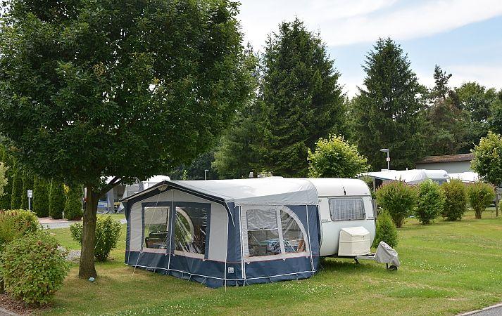 Staanplaatsen - Caravan Camping Sächsische Schweiz - Gohrisch | Wohnmobile, Zelte im Nationalpark