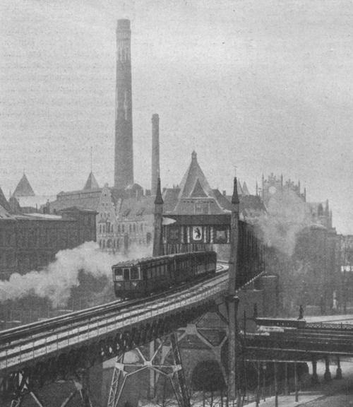 Ottomar Anschütz, The first train at the Berlin U-Bahn, Berlin, Germany, 1902.
