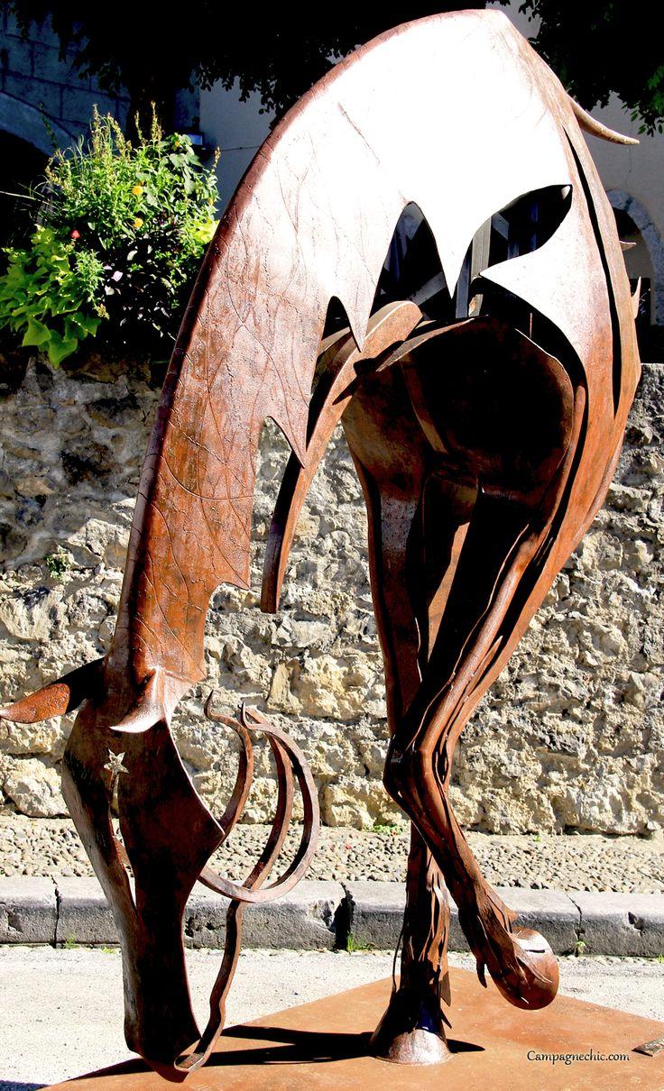 Amazing horse sculpture, festival des metiers d'art, saint lizier ariege midi pyrénées, france