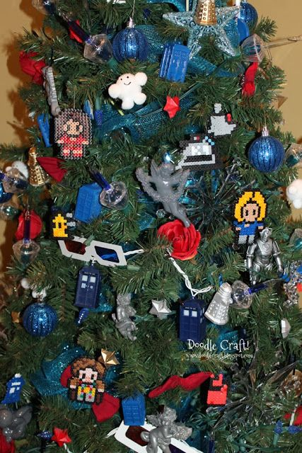 Doodle Craft...: Doctor Who Perler Bead Ornaments!