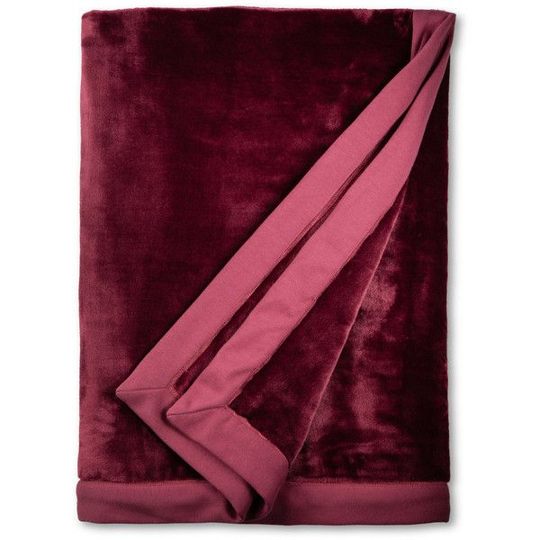 Ugg ® Duffield Throw Soft Throw Blanket ($98) ❤ liked on Polyvore featuring home, bed & bath, bedding, blankets, lonely hearts, ugg, polyester blanket and polyester throw