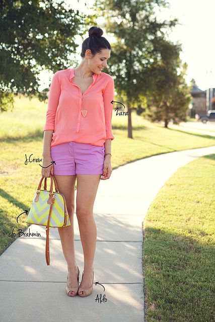 CuteColors Combos, Color Combos, Blouses Zombies, Lavender Blouses, Shorts Stories, Fashion Blog, Kendi Everyday, Casual Summer Outfit, Bright Colors