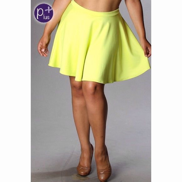 Skirt NWOT Cute neon yellow skirt never worn jr plus size x will fit 12/14 Boutique Skirts