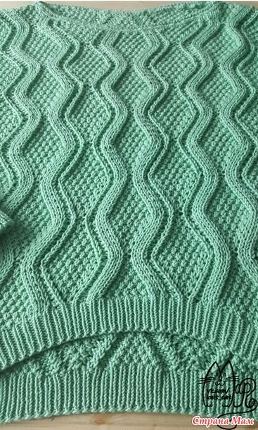 Всем привет. Сегодня хочу показать новый легкий хлопковый свитер с укороченным передом. Связан из пряжи Gazzal Baby Cotton xl, расход 550гр. Спицы 4.5 для основного полотна, 3.5 для резинки.
