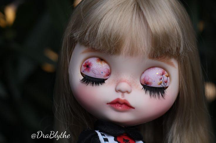 Custom doll by DraBlythe