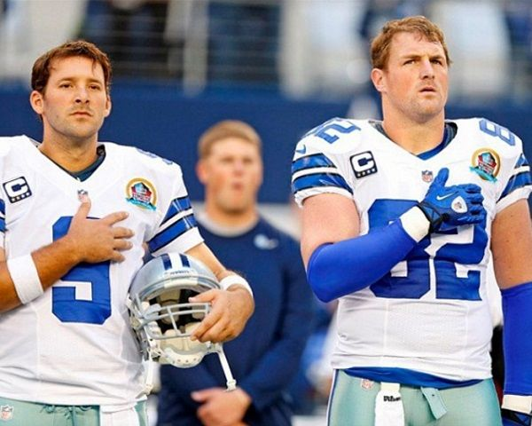 Tony Romo Gay: 5 Facts About Teammate & Rumored Boyfriend Jason Witten - http://www.morningledger.com/tony-romo-gay-5-facts-jason-witten/13116304/
