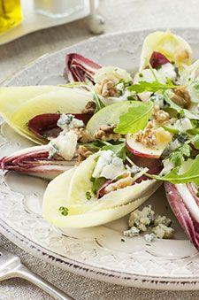 Salade d'endives, roquefort et noix