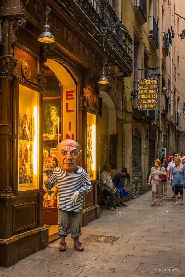 El Ninot, màgia,  BCN, Catalonia. Untitled by Jacint  Guiteras on 500px