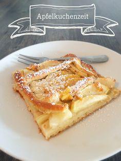 Der leckerste Apfelkuchen vom Blech mit einem veganen Hefeteig. Jetzt online auf www.kitchensisters.de