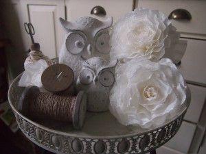 Kerst rozen gemaakt van koffie filters