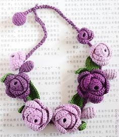 Crochet Violet Necklace bymade_by_ulianaon Flickr Nice neat stitch work.