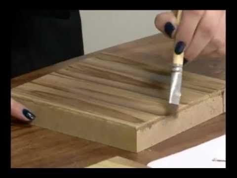 Soraia Leite no programa Mulher.com - Século 21 ensinano Pintura Country - Quadro com imitação de madeira
