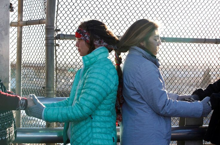 <p>Women of the Boundless Across Borders organization got their hair braided during a bi-national protest called Braiding Borders at the Santa Fe international crossing bridge to send a message to U.S. President-elect Donald Trump that women's rights are human rights, in Ciudad Juarez, Mexico January 20, 2017. (REUTERS/Jose Luis Gonzalez) </p>