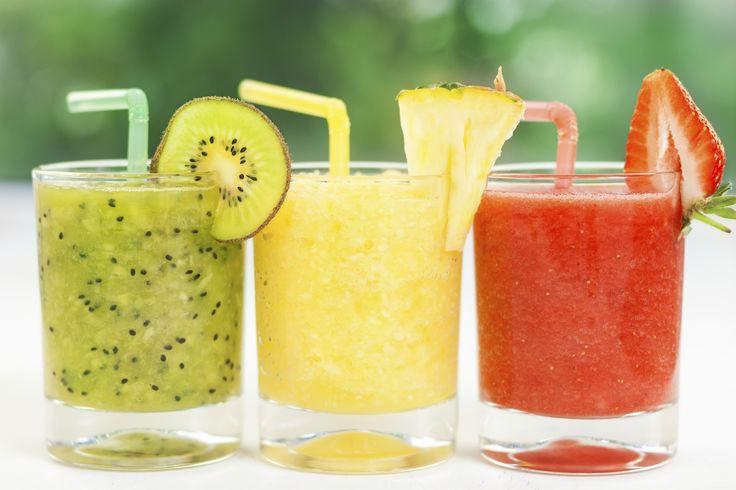 Un frullato supersano? Fatti uno smoothie con gli ingredienti giusti: proteggi la pelle, ti disintossichi, ti ricarichi e molto altro. Prova queste ricette