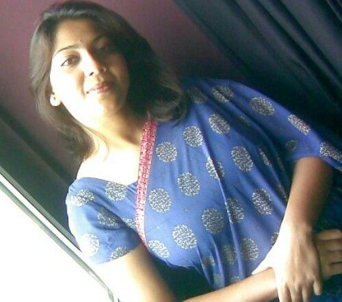 38 Best Hot Aunty Desi Images On Pinterest