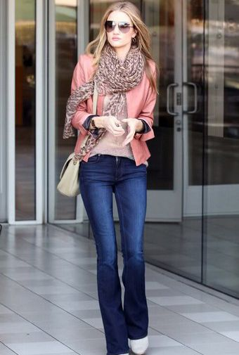 Rosie Huntington-Whiteley. #celebrity #fashion #moda #estilo #vivalochic