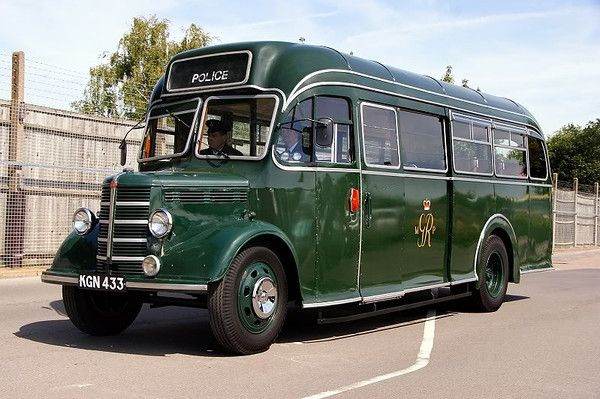 Police Transport Origin Unknown Probably Late 1940 S Due To Crest Bedford Police Bus Coach
