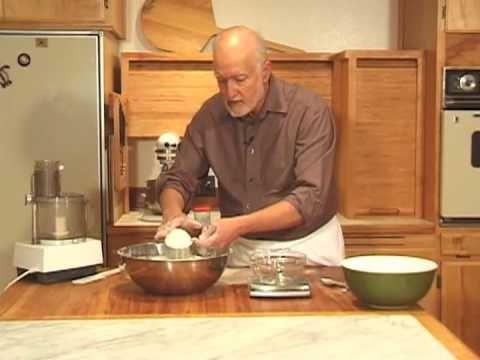 Video on how to make the Norwegian Kransekake