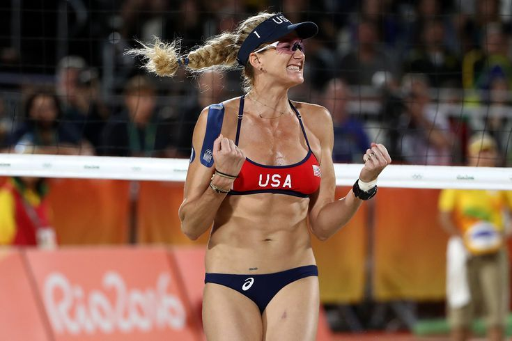 Meet 6 Of The All Time Biggest American Female Volleyball Stars Olympic Volleyball Women Volleyball Female Volleyball Players