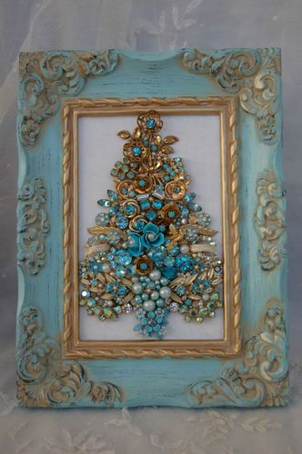 Vintage Jewelry Framed Christmas Tree ♥