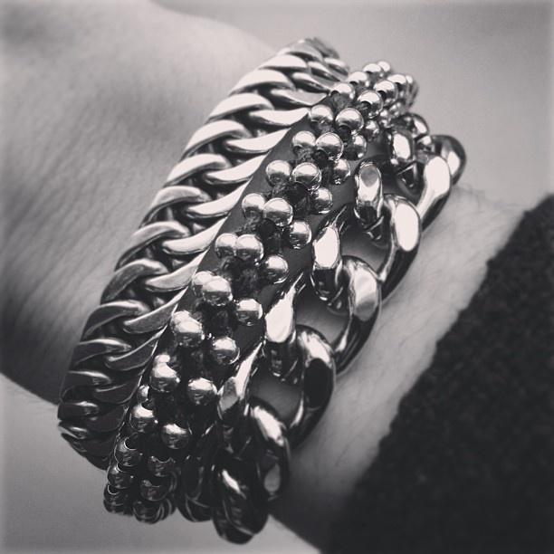 Buddha to Buddha, Barong Barong and TOV bracelets