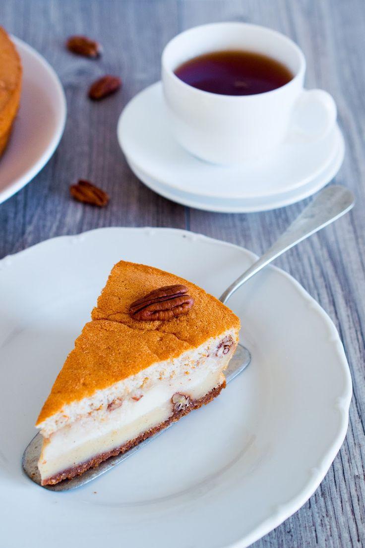 SUGARTOWN: Kouzelný perníkový koláč s pekanovými ořechy/Gingerbread magic cake with pecans