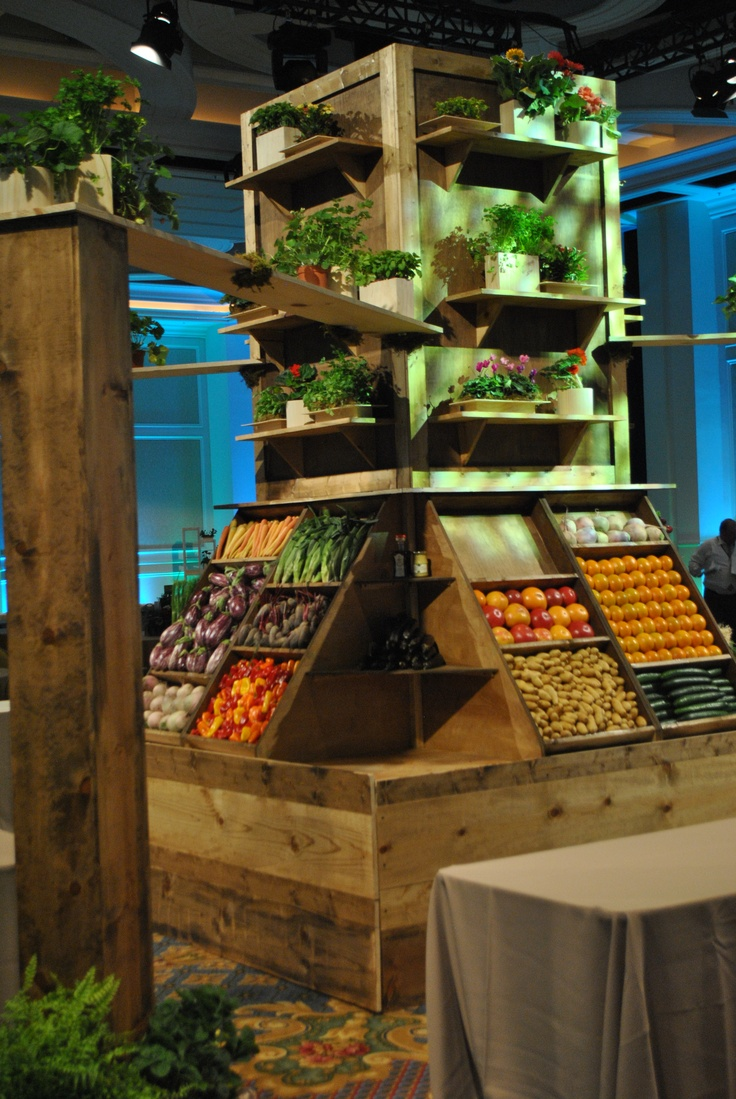 After. The produce stand becomes a backdrop for some of the key food stations of the evening!