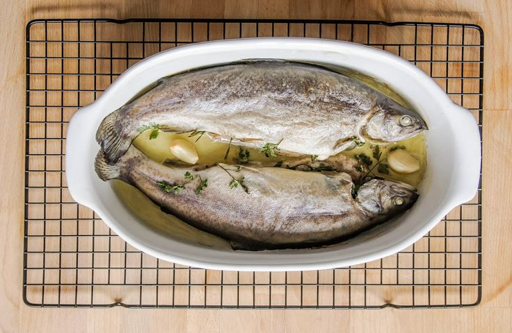 Odżywianie od kuchni: Pieczone pstrągi