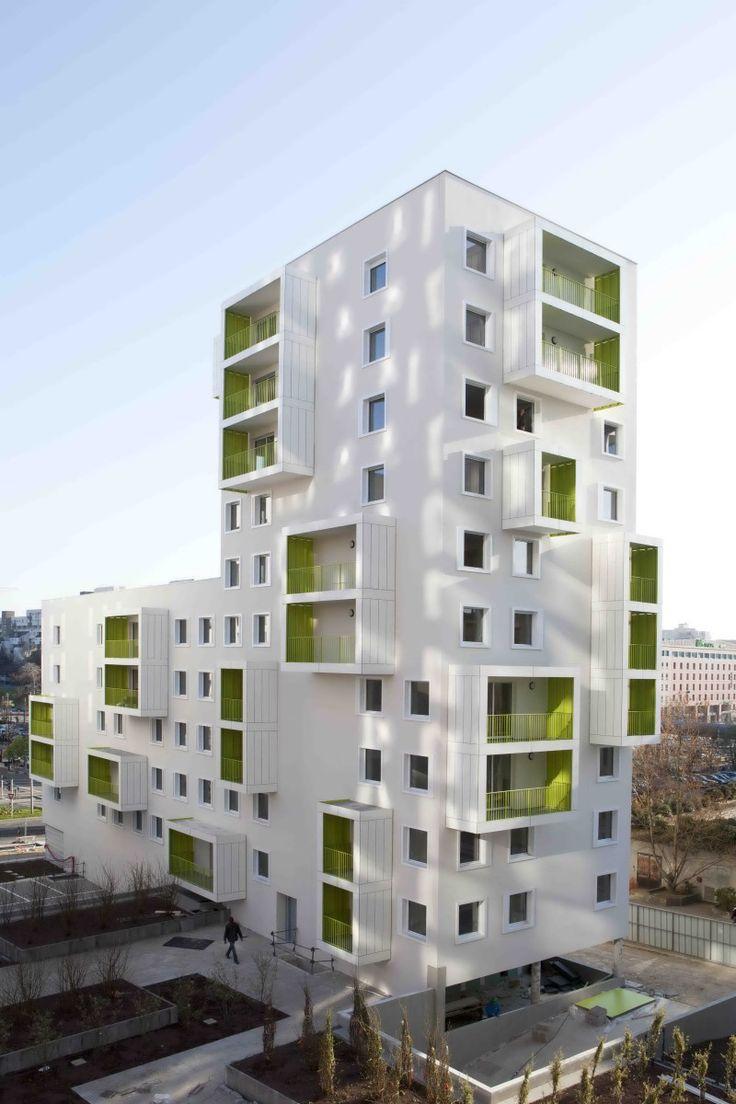 프로젝트는 도심내 아이텐티를 가지는 공동주택을 만드는데 있습니다. 건축법규에 따라 형성되는 건축물의 셋백과 테라스는 자연스럽게 도심 속 건축물의 아이텐티를 정의하는 도구로써 오프닝계획과 더불어 함계..