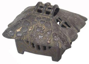 Japanese incense burner | 135: Cast Iron Japanese Incense Burner : Lot 135