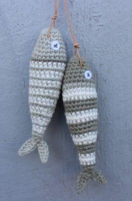 Crochet fish /DIY free pattern in danish