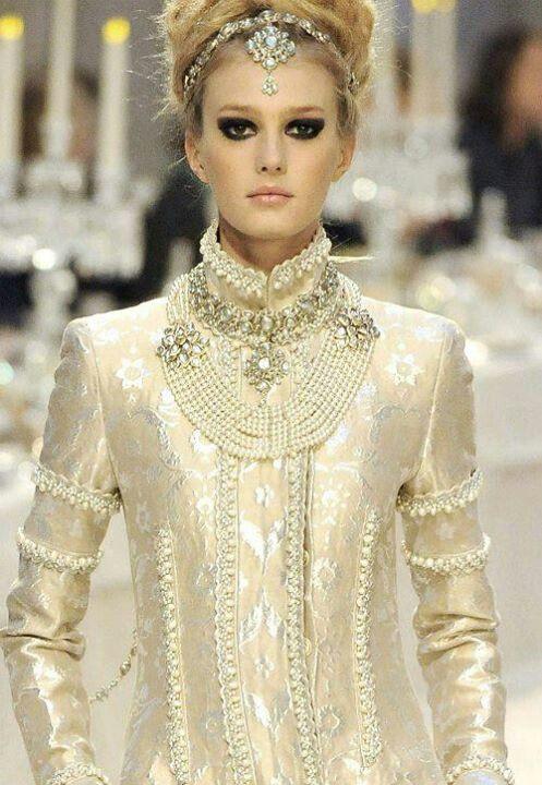 Chanel Pearl fashion