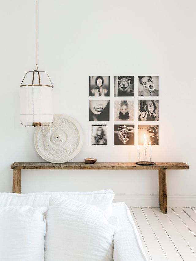 Rustic side-table in the sitting room / Photo Carina Olander, stylist Anna Truelsen / Lantliv.