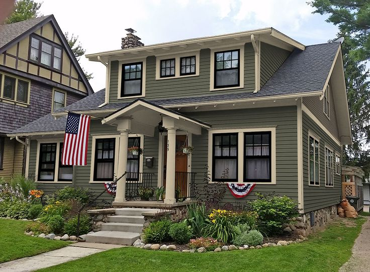 Best 25 craftsman exterior colors ideas on pinterest gray house white trim exterior house - Exterior paint color ideas for homes ideas ...