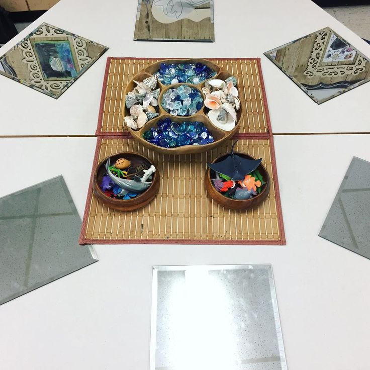 """28 Likes, 1 Comments - Laura King (@kindergartenteachertired) on Instagram: """"Some nautical loose parts for Beach Day! ⚓️ Plastic figurines, shells, jewels and aquarium toys.…"""""""