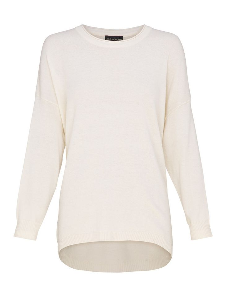 The Space Kids Sweater is the ultimate in luxury and comfort.  This round neck, oversized sweater is a must-have for the Autumn/Winter Season. Looks prefect paired back with skinny leather pants.  Features:  Made from Wool Viscose Blend Available in White Cream, Black Caviar and Pebble Grey colour