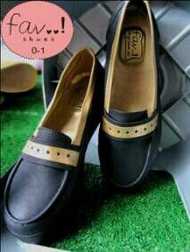 Fav Shoes Black Gold IDR 185K