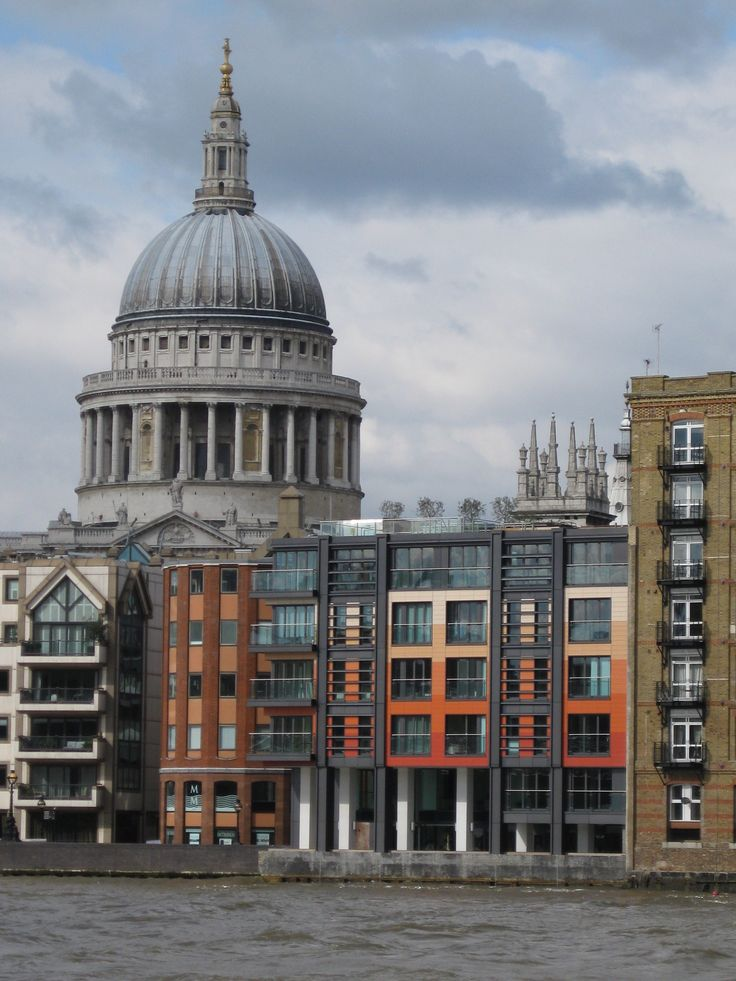 High Timber on the Thames, with St Paul's Cathedral in the bachground