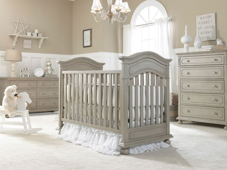 Dolce Babi | Naples Collection Traditional Crib - Grey Satin Finish (Room Color: Sherwin Williams 6150)