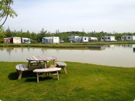Eye Kettleby Lakes | Camping and Touring Caravan Site | Fishing Lakes | Melton Mowbray East Midlands