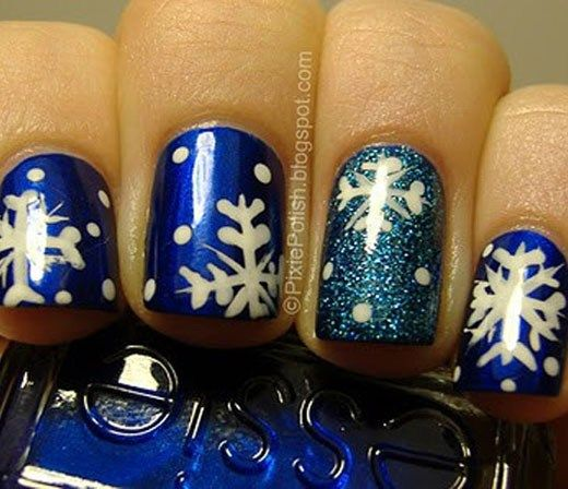 21 Fabulous and Easy Christmas Nail Designs   – Painted nails