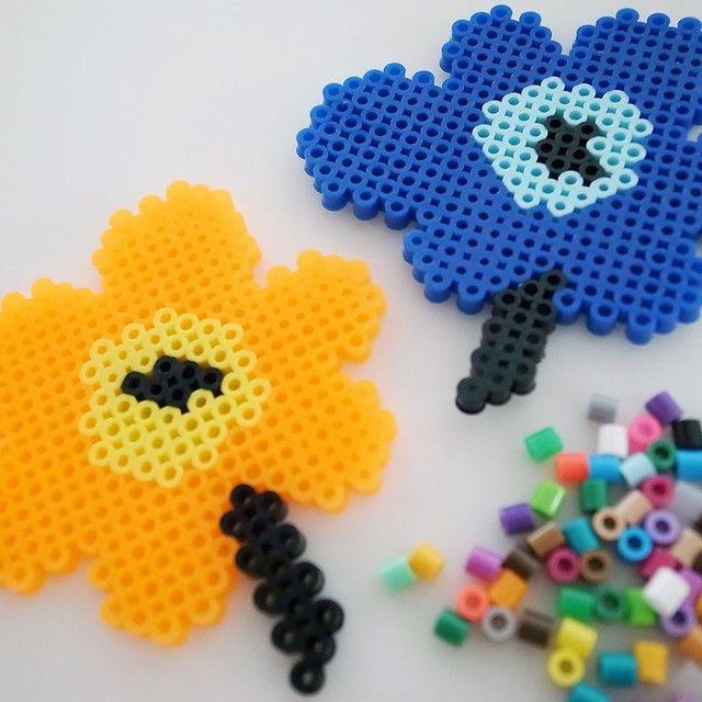 Marimekko Unikko poppy flowers perler beads