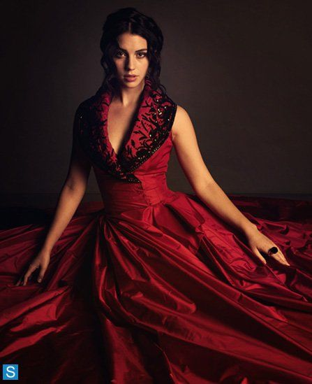 love this dress! this show has the most gorgeous dresses!<3