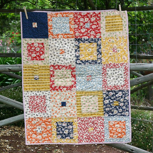 So cute, love colors and the layout......vintage modern quilt