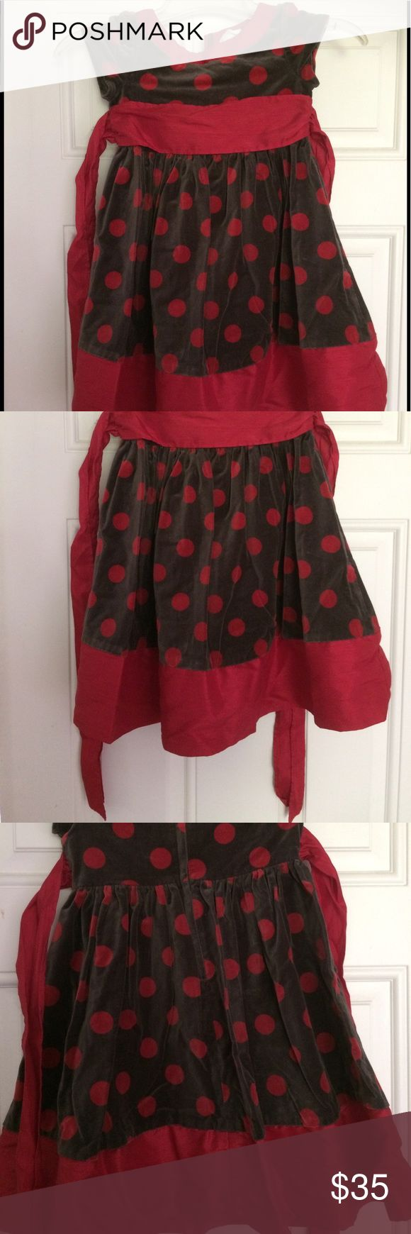 EUC American Girl/Bitty Baby Girls Holiday Dress Gorgeous velvet dress. Grey with red polka dots, satin ribbon. EUC-I cut off the tag as it bothered my daughter. Size is approximately 6/7. Worn twice. American Girl Dresses Formal