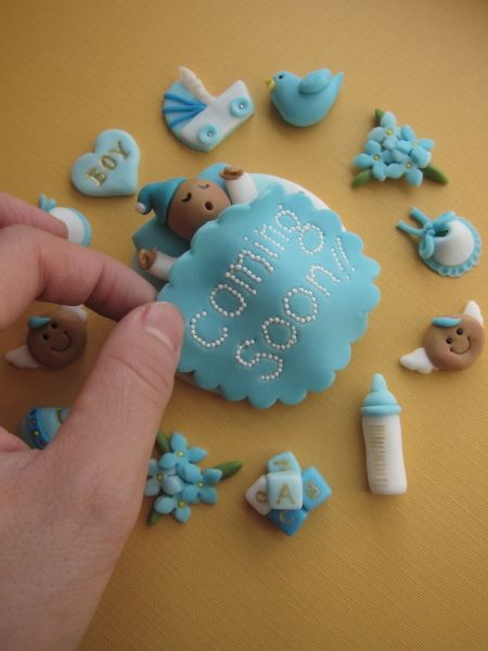 Adorable fondant cake toppers.